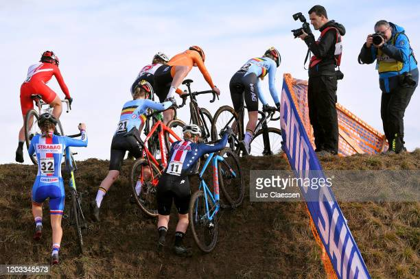 Yui Ishida of Japan / Kristyna Zemanova of Czech Republic / Julie Brouwers of Belgium / Bridget Tooley of The United States / Sterre Vervloet of...