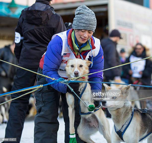 Yuka Honda und Hunde
