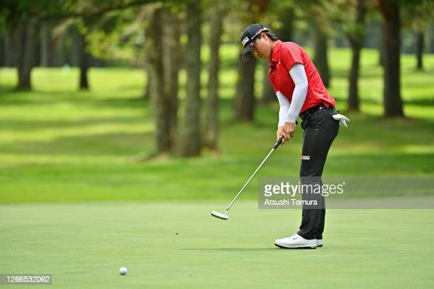 Yuka Saso of Japan attempts a putt on the 9th green during the final round of the NEC Karuizawa 72 Golf Tournament at the Karuizawa 72 Golf Kita...