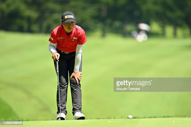 Yuka Saso of Japan lines up a putt on the 16th green during the final round of the NEC Karuizawa 72 Golf Tournament at the Karuizawa 72 Golf Kita...