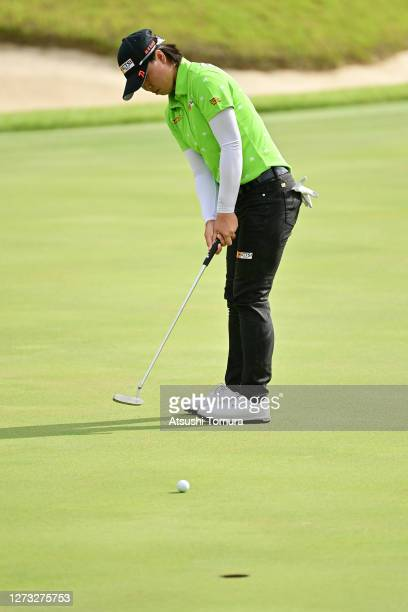 Yuka Saso of Japan putts on the 1st hole during the first round of the Descente Ladies Tokai Classic at the Shin Minami Aichi Country Club Mihama...