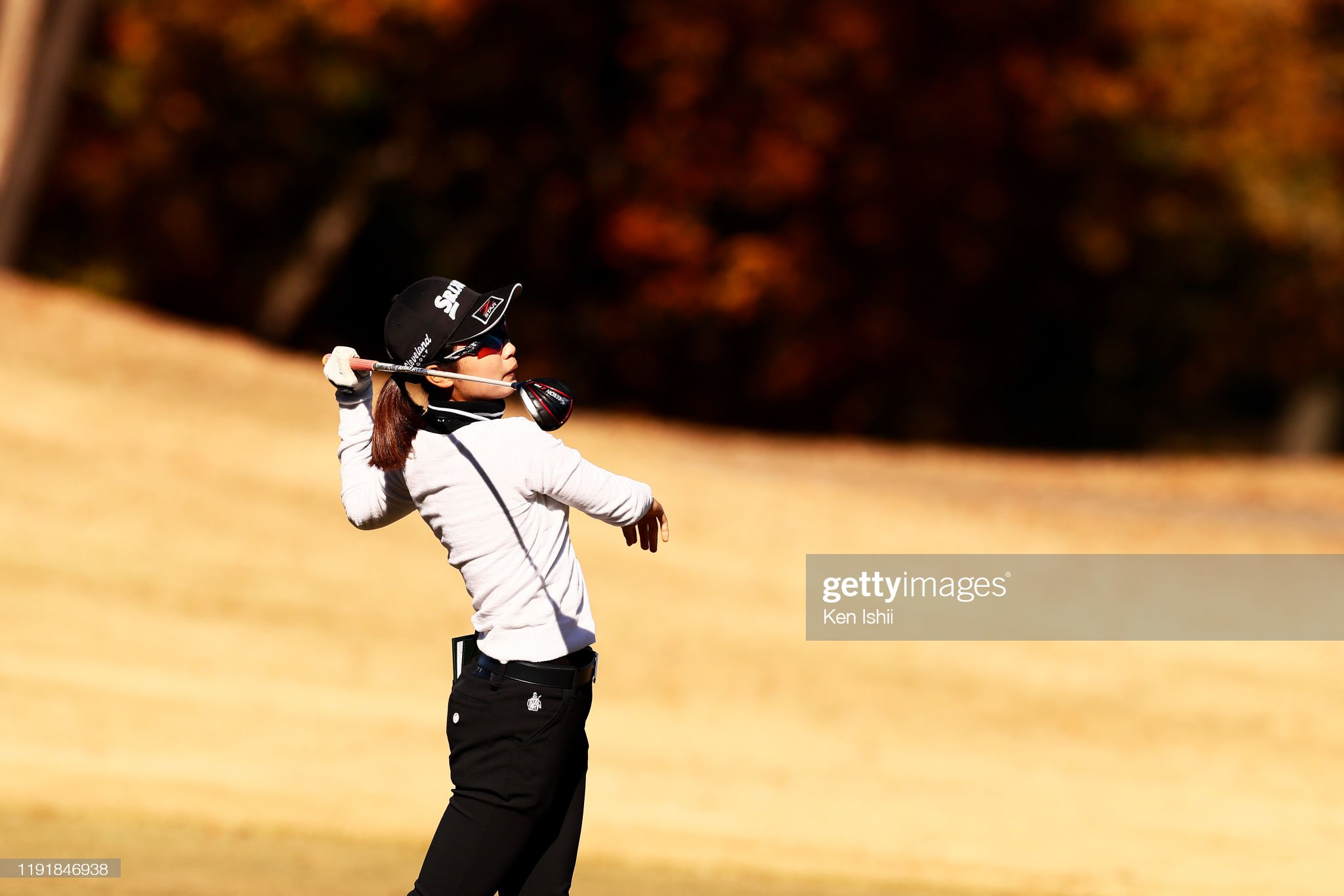 https://media.gettyimages.com/photos/yuka-yasuda-of-japan-hits-her-second-shot-on-the-4th-hole-during-the-picture-id1191846938?s=2048x2048
