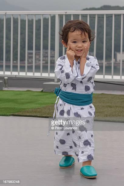 yukata boy - peter lourenco stockfoto's en -beelden