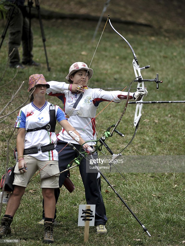 Yuki Hayashi from Japan and Jessica Tomasi from Italy during a competition Archery Recurve Women's Ranking Distance in the IX World Games Cali 2013 on July 31, 2013 in Cali, Colombia.