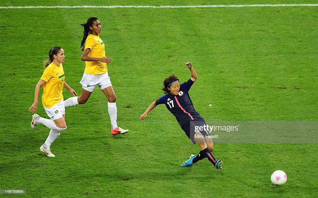 Olympics Day 7 - Women's Football Q/F - Match 21 - Brazil v Japan : News Photo