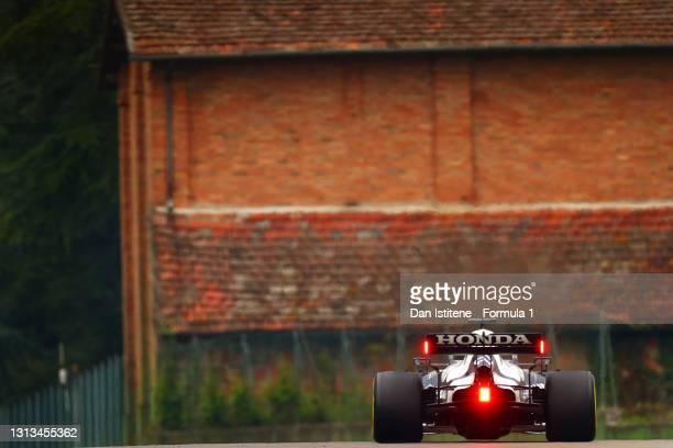 Yuki Tsunoda of Japan driving the Scuderia AlphaTauri AT02 Honda during the F1 Grand Prix of Emilia Romagna at Autodromo Enzo e Dino Ferrari on April...