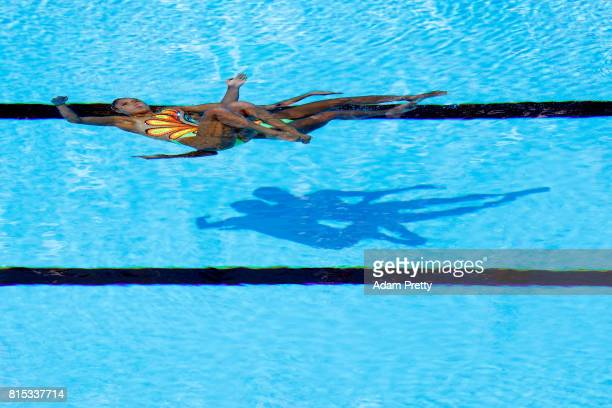 Yukiko Inui and Kanami Nakamaki of Japan compete during the Synchronised Swimming Duet Technical final on day three of the Budapest 2017 FINA World...