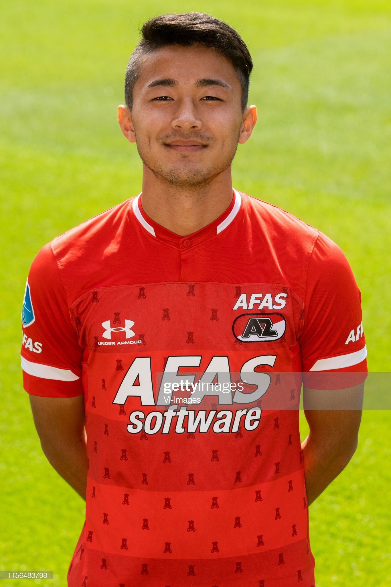 https://media.gettyimages.com/photos/yukinari-sugawara-during-the-team-presentation-of-az-alkmaar-on-july-picture-id1156483798?s=2048x2048