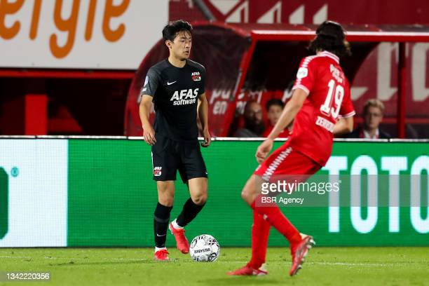 Yukinari Sugawara of AZ during the Dutch Eredivisie match between FC Twente and AZ at De Grolsch Veste on September 23, 2021 in Enschede, Netherlands
