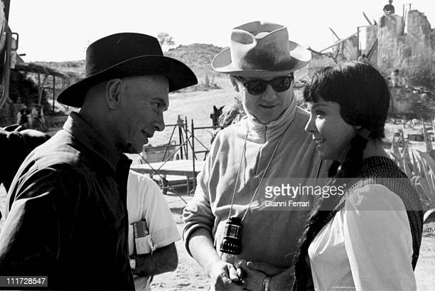 Yul Brynner and Elisa Montes during the filming of the movie 'Return of the seven' directed by Burt Kennedy in Almeria Almeria Spain
