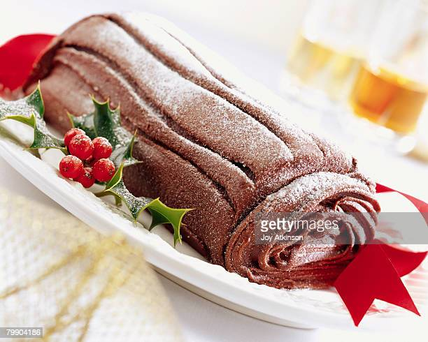 yule log - yule log stock photos and pictures
