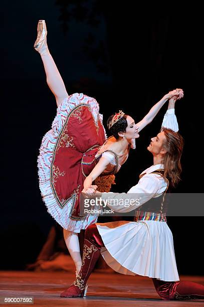Yuliana Stepanova as Medora and Denis Rodkin as Conrad in the Bolshoi Ballet's production of Alexei Ratmansky's reworking of Marius Petipa's Le...