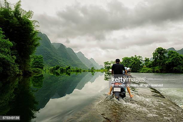 Yulong river crossing