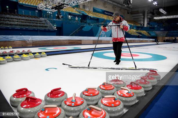 Yunhoo Kim prepares the ice at the Gangneung Curling Centre ahead of the PyeongChang 2018 Winter Olympics on February 4 2018 in Pyeongchanggun South...
