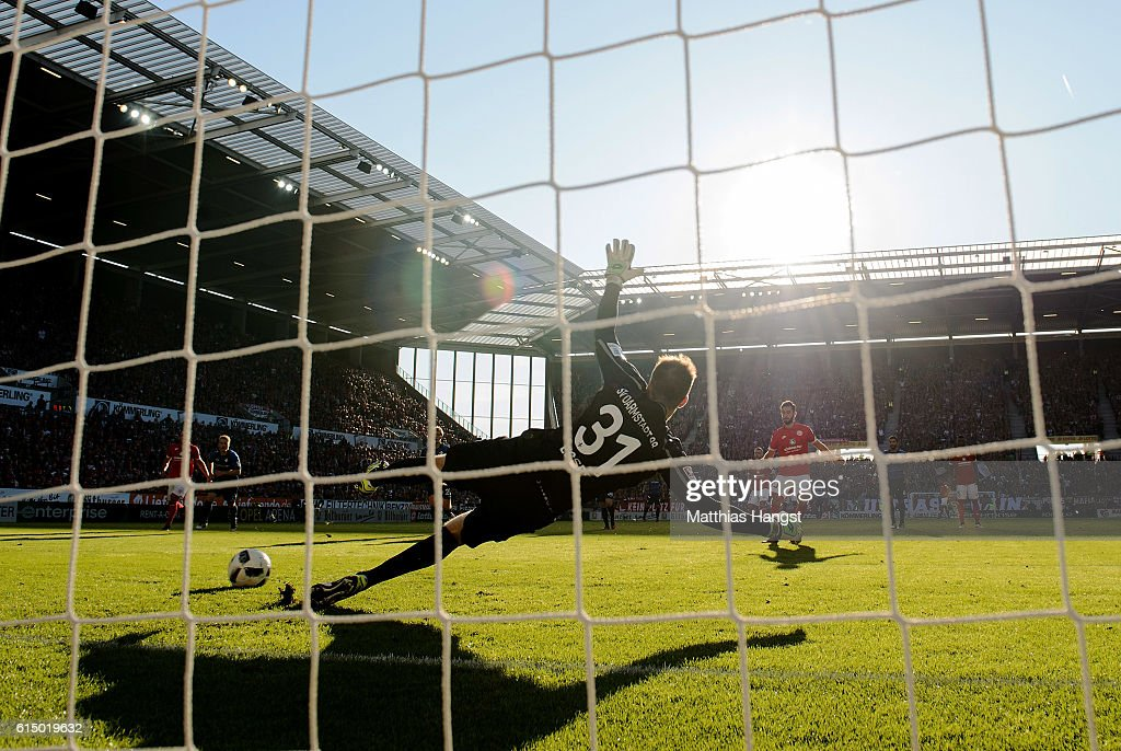 Yunus Malli of Mainz scores his team's 2nd goal by penalty kick during the Bundesliga match between 1. FSV Mainz 05 and SV Darmstadt 98 at Opel Arena on October 16, 2016 in Mainz, Germany.