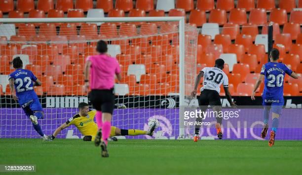 Yunus Musah of Valencia CF scores his sides first goal during the La Liga Santander match between Valencia CF and Getafe CF at Estadio Mestalla on...