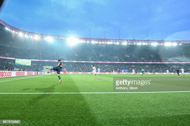Yuri Berchiche of PSG during the Ligue 1 match between Paris Saint Germain and Stade Rennes at Parc des Princes on May 12 2018 in Paris