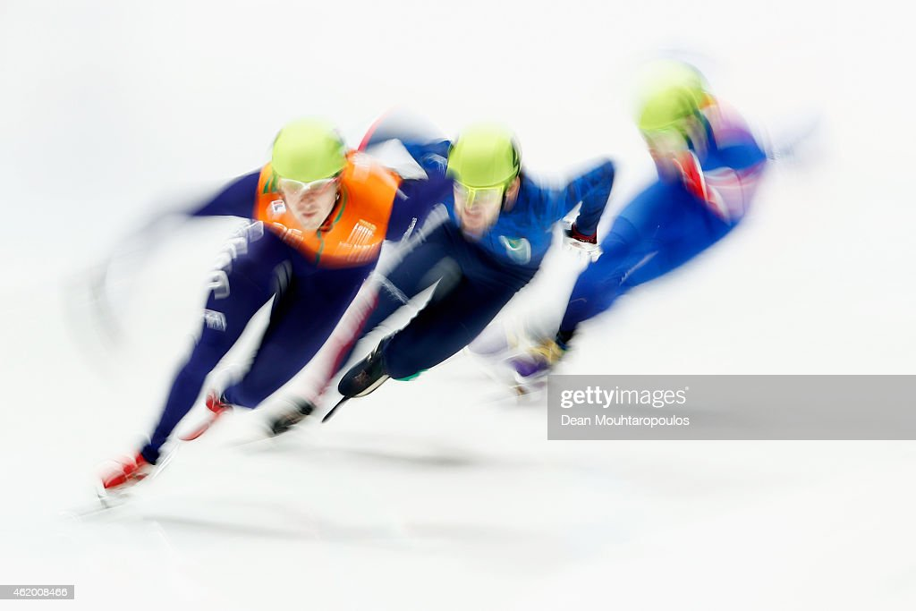 Yuri Confortola (C) of Italy, #52 Freek van der Wart (L) of the Netherlands, #27 Jack Whelbourne of Great Britain compete in the Mens 1500m Heats during day 1 of the ISU European Short Track Speed Skating Championships at The Sportboulevard on January 23, 2015 in Dordrecht, Netherlands.