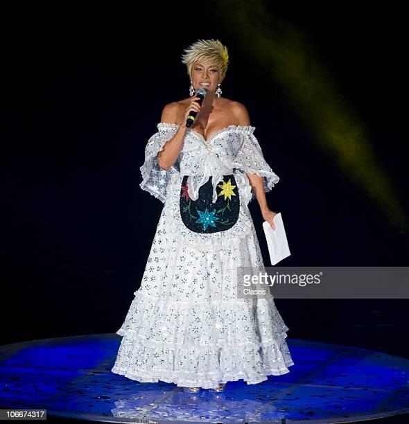 Yuri during the concert Unidos Por Veracruz at Auditorio Nacional on November 9 2010 in Mexico City Mexico