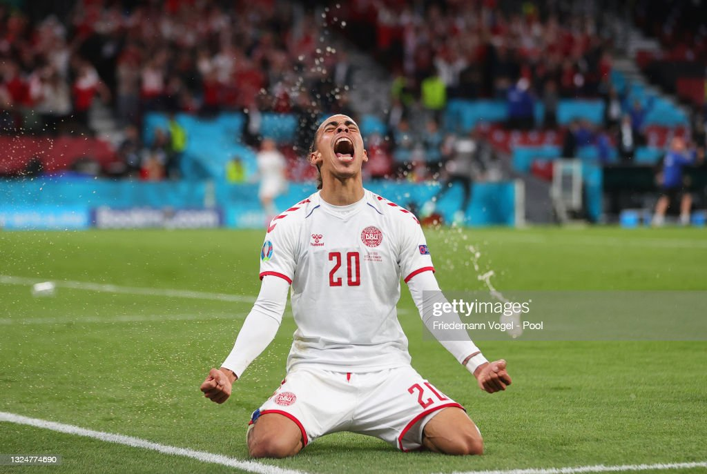 Russia v Denmark - UEFA Euro 2020: Group B : Nyhetsfoto