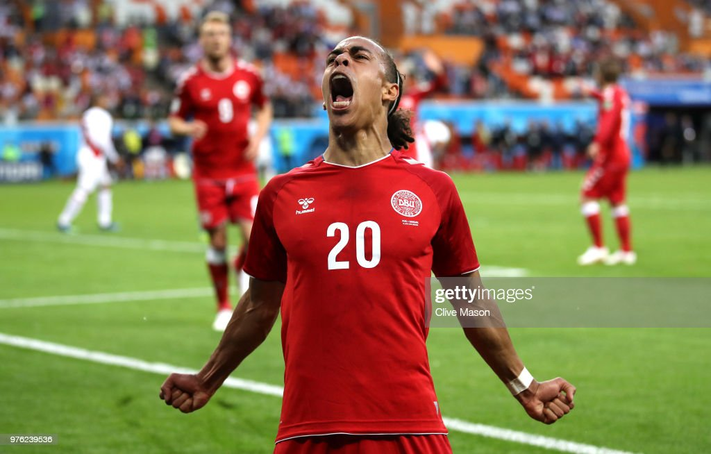Peru v Denmark: Group C - 2018 FIFA World Cup Russia : News Photo