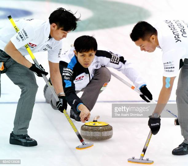 Yusuke Morozumi of SC Karuizawa delivers the stone in the Men's semi final against Sapporo during day six of the 34h All Japan Curling Championships...