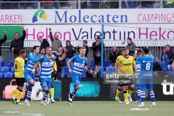 Yuta Nakayama of PEC Zwolle , Lennart Thy of PEC Zwolle , Mike van Duinen of PEC Zwolle , Gustavo Hamer of PEC Zwolle during the Dutch Eredivisie...