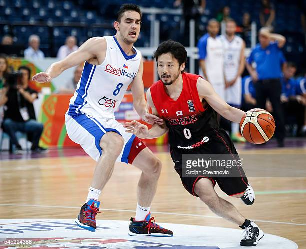 Yuta Tabuse of Japan in action against Tomas Satoransky of Czech Republic during the 2016 FIBA World Olympic Qualifying basketball Group A match...