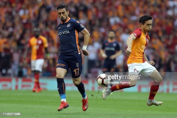 Yuto Nagatomo of Galatasaray in action against Irfan Can Kahveci of Medipol Basaksehir during Turkish Super Lig match between Galatasaray and Medipol...