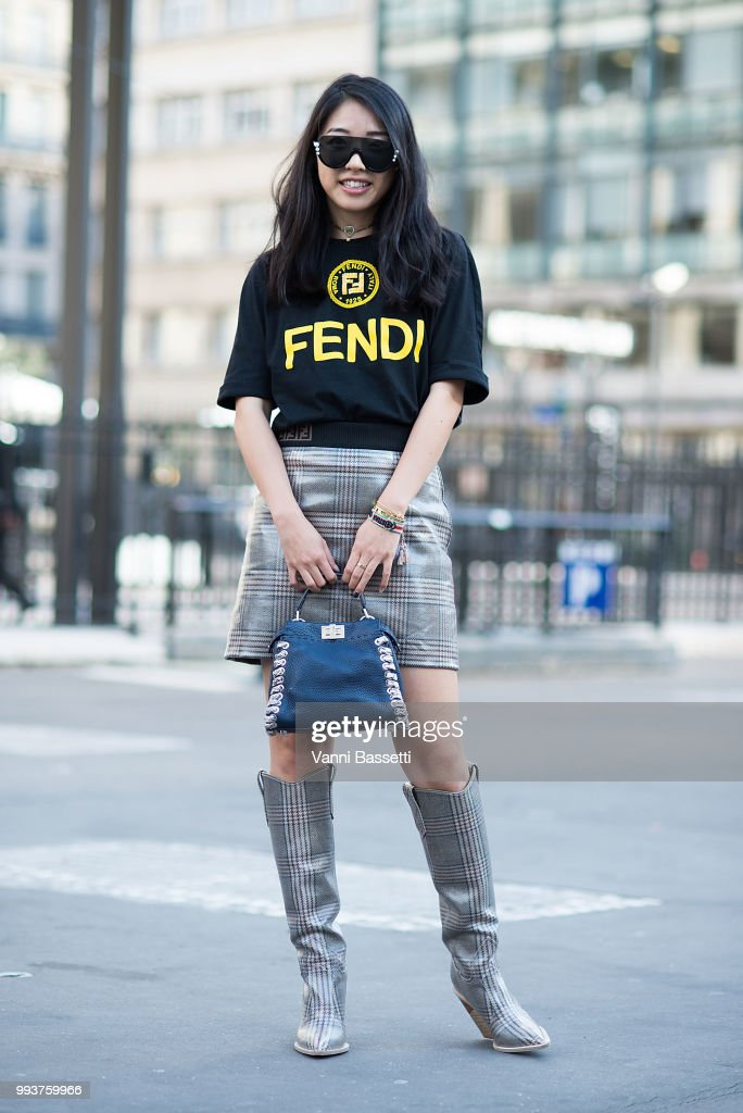 Street Style : Day Four - Haute Couture Fall Winter 2018/2019 : News Photo