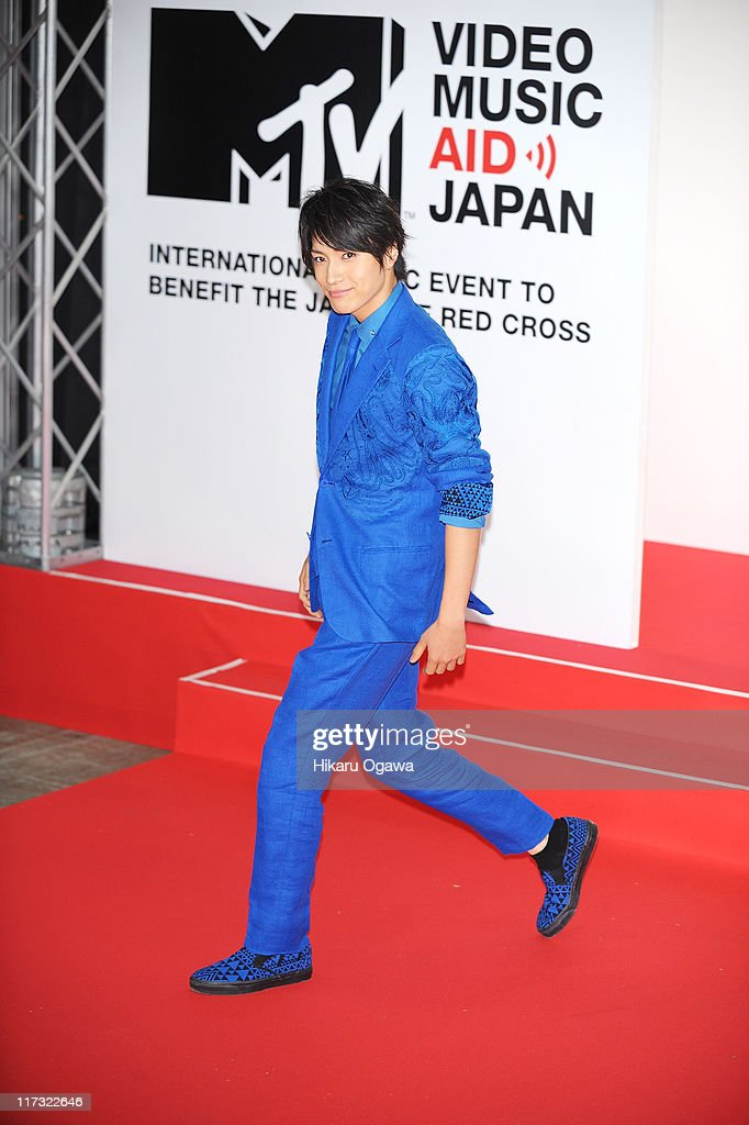 Yuya Matsushita walks on the red carpet during the MTV Video Music Aid Japan on June 25, 2011 in Chiba, Japan.