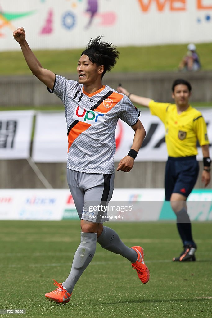 Yuya Torikai of Renofa Yamaguchi celebrates scoring his team's second goal during the J.League third division match between Fujieda MYFC and Renofa Yamaguchi at Fujieda Stadium on June 7, 2015 in Fujieda, Shizuoka, Japan.