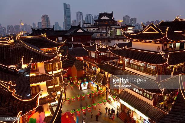 Yuyuan Gardens Shopping Area at Dusk, Shanghai