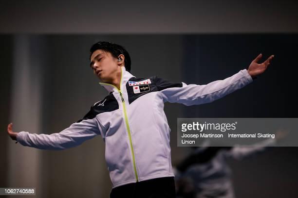 Yuzuru Hanyu of Japan prepares in the Men's Free Skating during day 2 of the ISU Grand Prix of Figure Skating Rostelecom Cup 2018 at Arena Megasport...