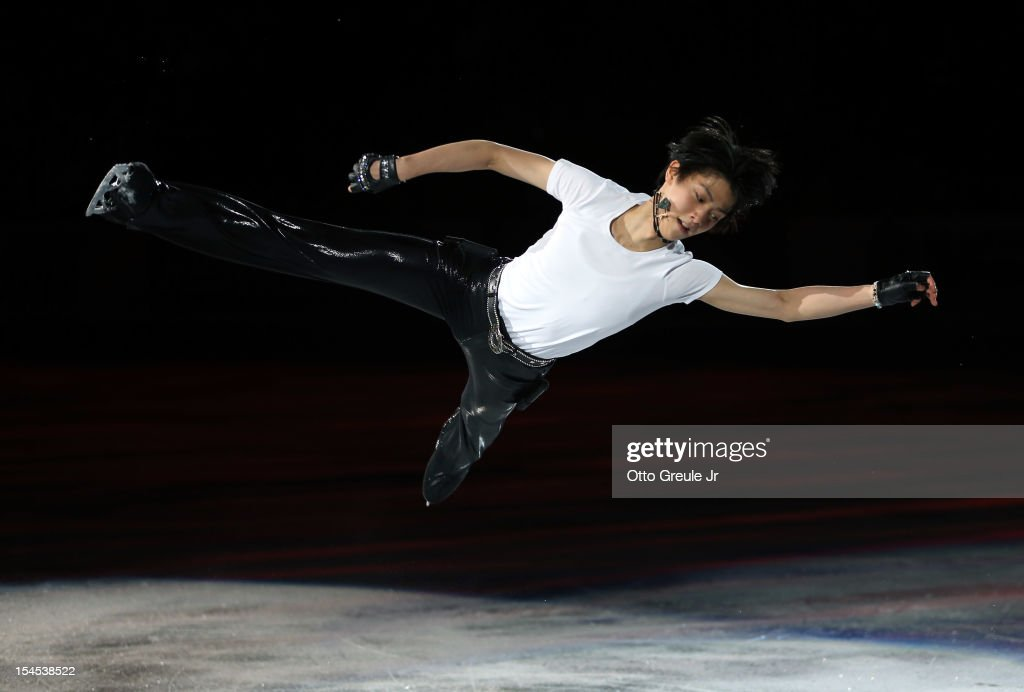 Yuzuru Hanyu of Japan skates in the Smucker's Skating Spectacular event during the Skate America competition at the ShoWare Center on October 21, 2012 in Kent, Washington.