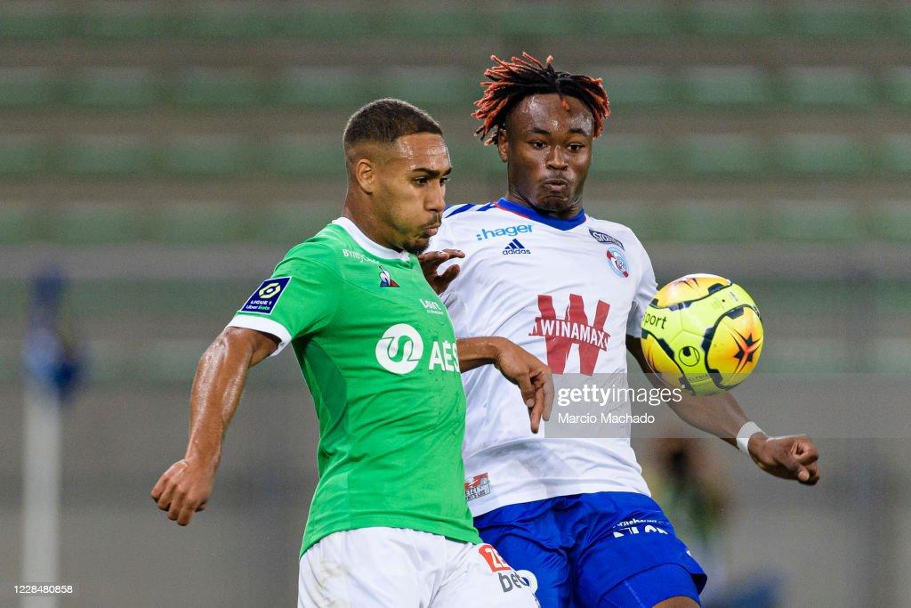 Association sportive de Saint-Etienne v Racing Club de Strasbourg Alsace - Ligue 1 : ニュース写真