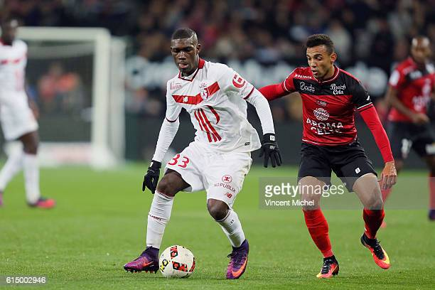 Yves Bissouma of Lille during the Ligue 1 match between EA Guingamp and Lille OCS at Stade du Roudourou on October 15, 2016 in Guingamp, France.