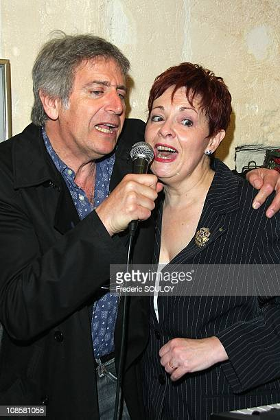 Yves Duteil and Fabienne Thibaut in Paris France on May 12 2009