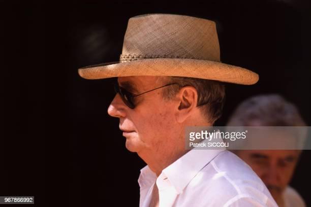 Yves Montand le 24 août 1988 à Saint-Paul-de-Vence, France.