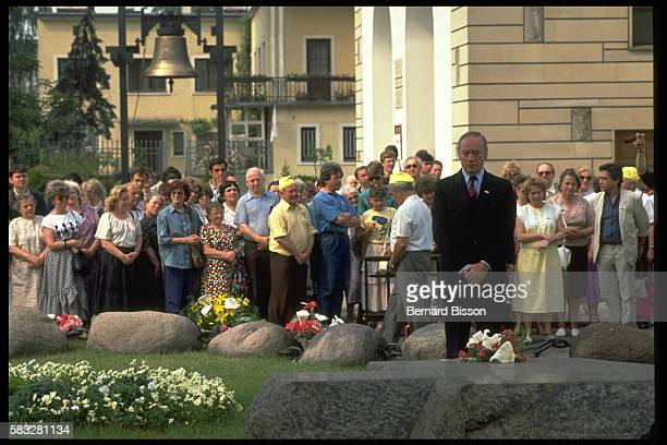 Yves Montand Visits the Grave of Father Popiezuszko