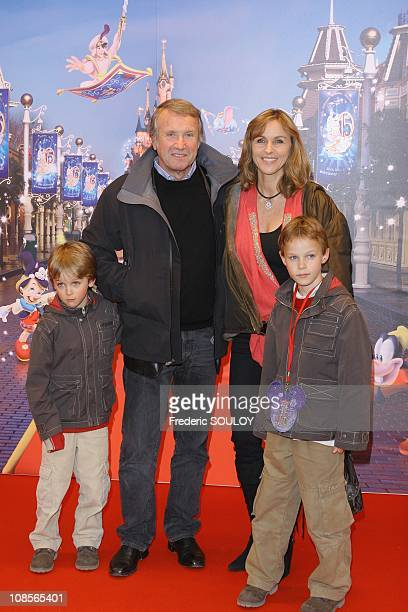 Yves Renier and his wife Karine with their children in Marne La Vallee, France on March 31, 2007.