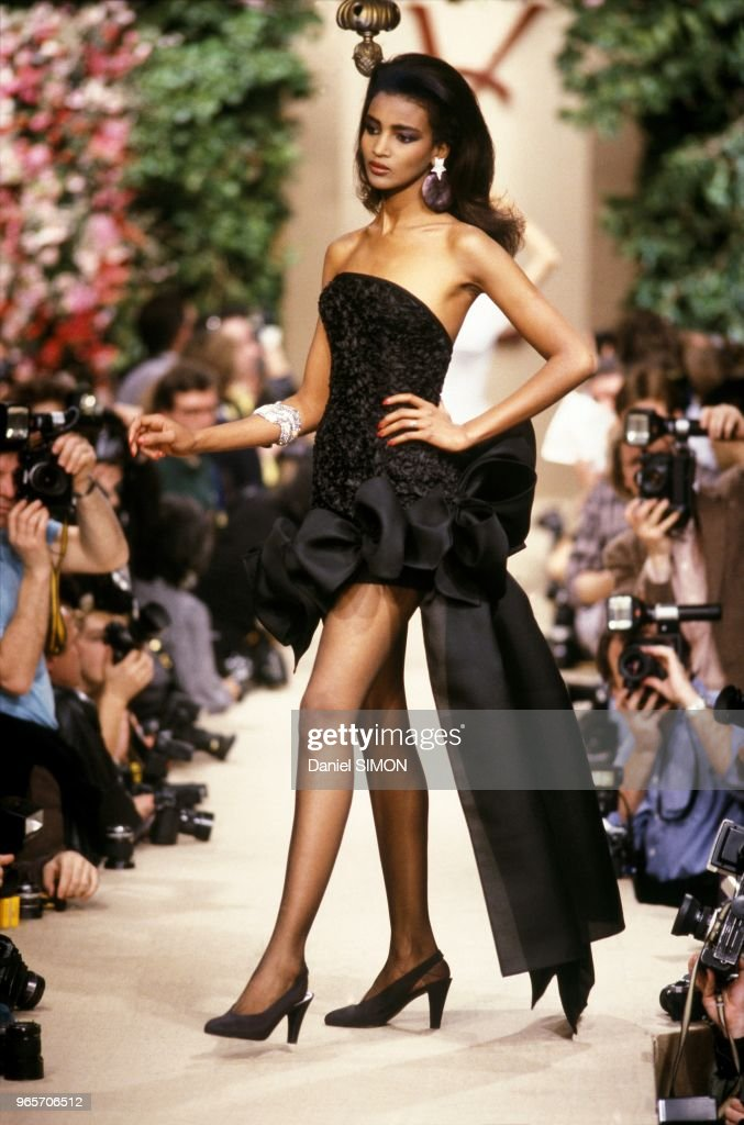 f417b0b4fd8 Yves Saint Laurent Model at Haute Couture Spring Summer 1987 Show... : News