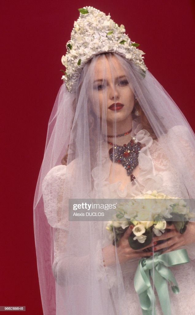 Yves Saint Laurent S Wedding Dress At Ready To Wear Fall Winter 1995
