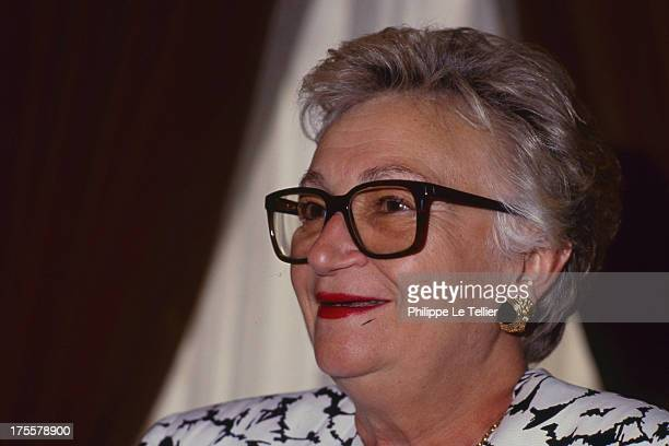 Yvette Chassagne, the first woman to enter the ENA and the Court of Auditors France. Yvette Chassagne, premiere femme entree a l ENA, premiere femme...
