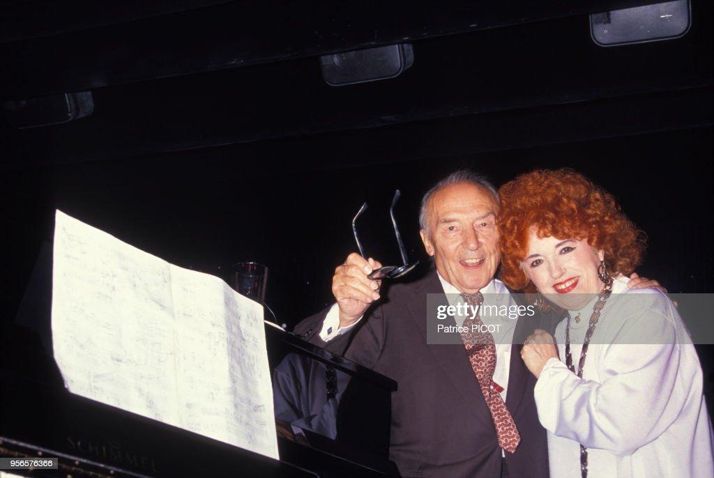 Line Renaud et Loulou Gasté en 1990 : Photo d'actualité