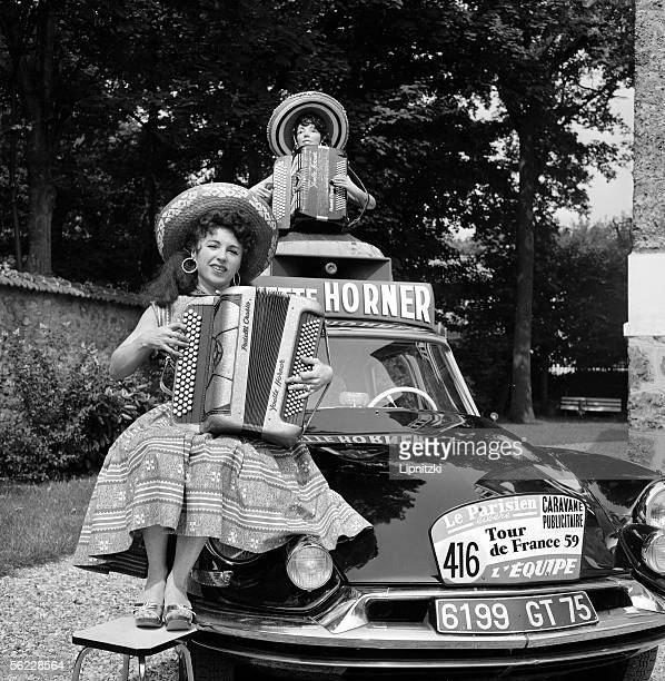 Yvette Horner French accordionist Tour de France 1959