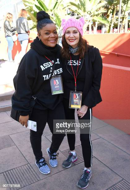 Yvette Nicole Brown and Lesley Ann Warren at the 2018 Women's March Los Angeles at Pershing Square on January 20 2018 in Los Angeles California