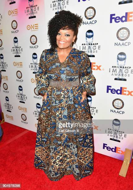 Yvette Nicole Brown at the 49th NAACP Image Awards NonTelevised Awards Dinner at the Pasadena Conference Center on January 14 2018 in Pasadena...