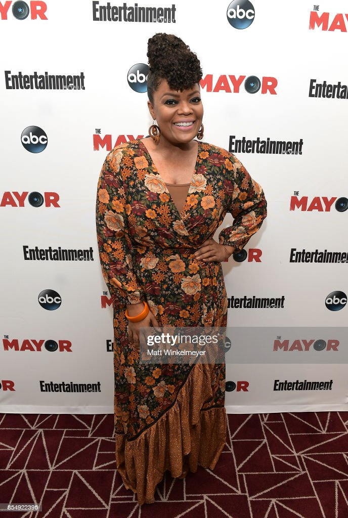 Yvette Nicole Brown attends an exclusive screening of ABC's 'The Mayor', hosted by Eantertainment Weekly, at The London Hotel on September 27, 2017 in West Hollywood, California.