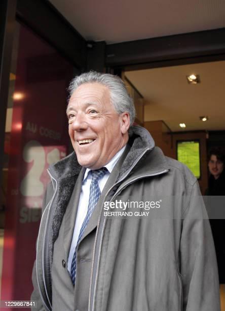 Yvon Jacob, président de la Fédération des Industries Mécaniques , quitte le 10 mars 2008, le siège du Medef à Paris, à l'issue d'une réunion du...